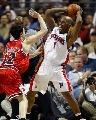 图文:[NBA]活塞再战公牛 比卢普斯对抗辛里奇