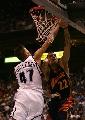 NBA图:[NBA]爵士vs勇士 基里连科封堵巴恩斯