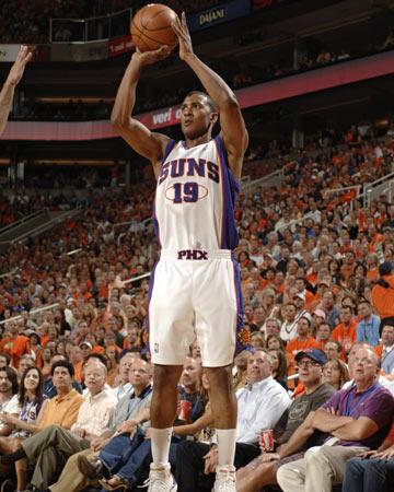图文:[NBA]太阳VS马刺 贝尔外线跳投