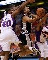 图文[NBA]:马刺VS太阳 帕克突破上篮