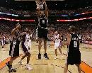图文[NBA]:马刺VS太阳 霍里大力扣篮