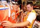 图文:[NBA]网VS骑士  球迷商店