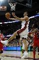 图文:[NBA]网VS骑士  走步上篮