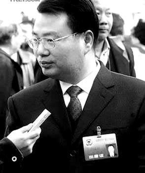 """徐冠巨的""""政治高度""""曾被外界认为是执政党对民营企业家态度的""""晴雨表"""""""