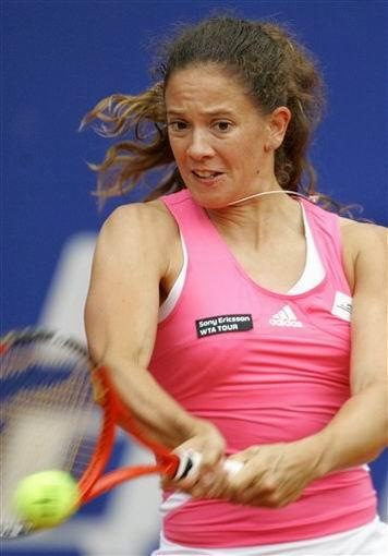 图文:WTA柏林公开赛第四日 施耐德状态正猛