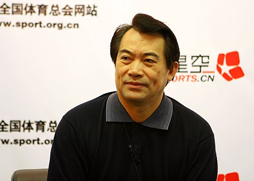 图文:刘凤岩做客华奥搜狐  展望世乒赛胸有成竹