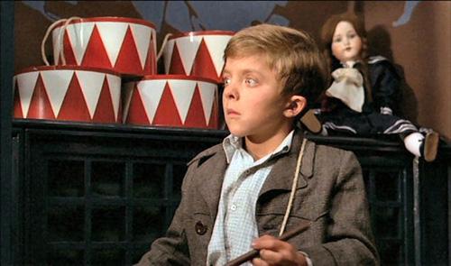1979年的金棕榈影片《铁皮鼓》,政治意味太浓,对部分观众来讲是索然无味的