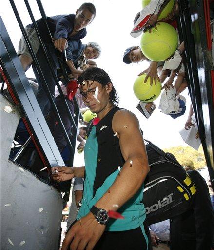 图文:罗马网球公开赛第五日 纳达尔受到欢呼