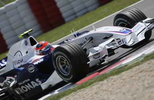 图文:[F1]西班牙站练习 看看宝马新设计的前翼