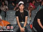 南京四强选手之一的李茂到现场为好友加油