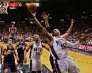 图文:[NBA]网胜骑士 卡特飞身低手上篮