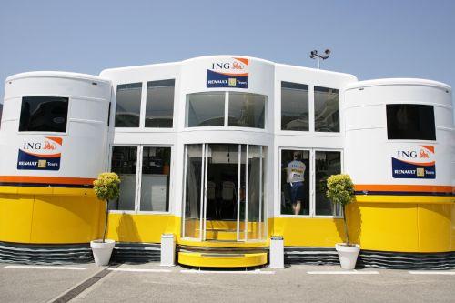 图文:[F1]各车队的现代化车房 雷诺车队