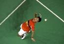 图文:印尼羽球赛击败鲍春来 李宗伟跃起劈杀
