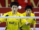 图文:印尼羽球系列赛夺冠 杜婧/于洋眼中只有球