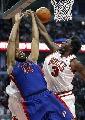 图文:[NBA]公牛战胜活塞 华莱士封堵对手