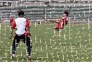 图文:国奥备战乌拉圭 郜林凌空抽射显示状态