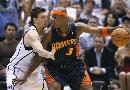 图文:[NBA]勇士VS爵士 哈灵顿背身单打