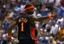 图文:[NBA]勇士VS爵士 杰克逊回头