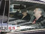 诺拉琼斯冲搜狐娱乐记者微笑