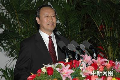 中共四川省委九届一次全体会议5月16下午选举杜青林为四川省委书记。 作 者:鲁彦