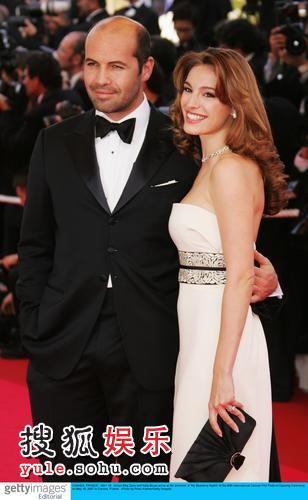 图:第60届戛纳电影节开幕之夜凯莉-布鲁克与老公亲密亮相