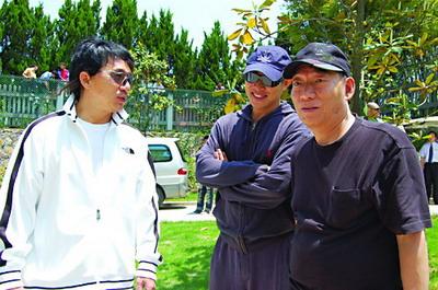 成龙和李连杰在《功夫之王》拍摄现场