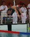 图文:全国游泳冠军赛第三日 第一棒张琳入水
