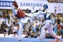 图文:世锦赛男子67公斤级半决赛 伺机得分