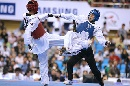 图文:世锦赛男子67公斤级半决赛 剪刀脚