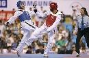图文:世锦赛男子67公斤级半决赛 得寸进尺