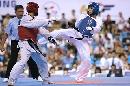 图文:世锦赛男子67公斤级半决赛 战事激烈