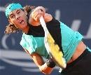 图文:ATP汉堡大师赛第五日 纳达尔大力发球