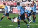 图文:[国青]中国0-1乌拉圭 国青队员屡遭侵犯