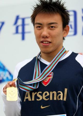 图文:全国游泳冠军赛 陈祚获100米自由泳金牌