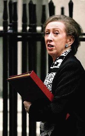 英国外交大臣兼内阁议员玛格丽特·贝克特