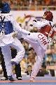 图文:罗微惜败女子72公斤级半决赛 转身攻击