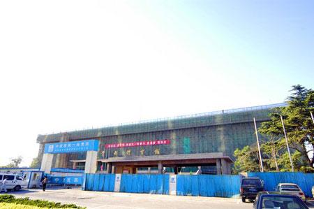 图文:探访北京首都体育馆 施工中的体育馆