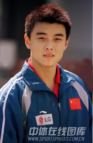 图文:[乒乓球]47届世乒赛回顾 王皓帅气迷人