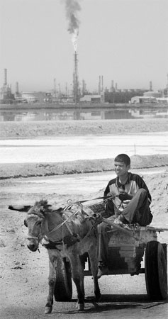 伊拉克战争对当地石油业造成了巨大的打击 资料图