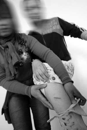女学生人体艺术私照_初三班主任暴打女学生