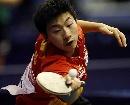 图文:世乒赛中国男单7虎进第3轮 马龙奋力拦击