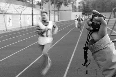 没参加体育考试的考生可以补考(资料图片) 商报记者程实/摄