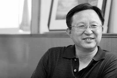陈军安表示,退休后可写的东西就多了 商报记者时鹏/摄