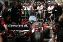 图文:[F1]摩纳哥站练习赛 超级亚久里车队演示
