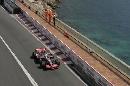 图文:[F1]摩纳哥站练习赛 阿隆索直线行驶