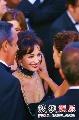 独家:红毯明星相谈甚欢 戛纳闭幕成名人聚会