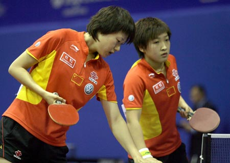 刘诗雯(右)还没有得到媒体的重点关注,但可能会是教练组重点培养的对象