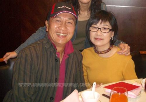 郭锋/萧天佐(郭锋)与大娘(欧阳佩珊)的婚姻却非常美满