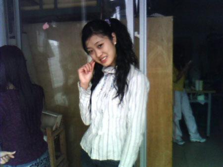 重庆女大学生大一时在学校