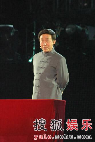 巨石传奇·情动华山晚会图片--田连元